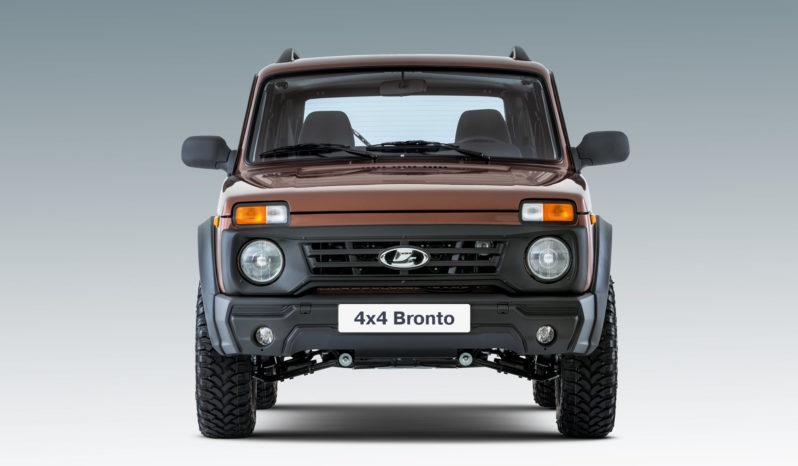 4×4 Bronto full